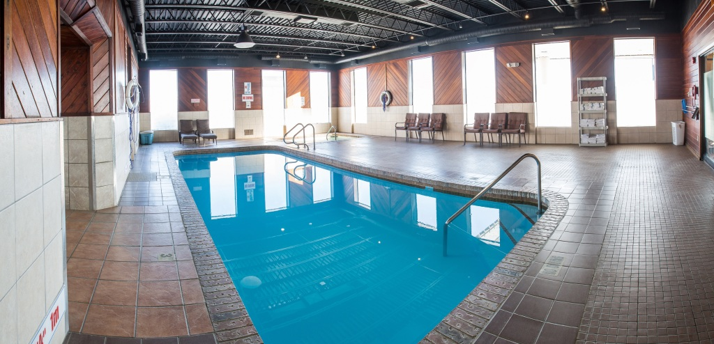 Swimming Pool Stay In Regina Hotels Conferences Tradeshows Special Events